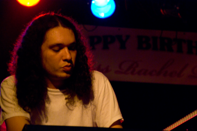 Left Outlet Keyboardist - photo by Myque